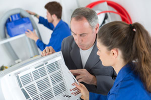 How to Check Your Air Conditioner Before Calling for Repair